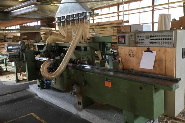 Birrerholz-Holzbearbeitung-Hobelmaschine